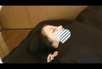 【個人撮影】じっくり休んでる女の子にこっそりいたずら---新卒で入社した新人OL