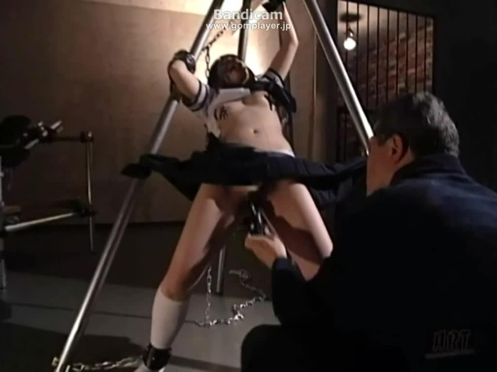 制服女子拘束調教 マンコにバイブをぶち込み強制的にイカせる